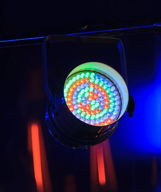 installation für die erstellung lichteffekte - einbauspots stock-fotos und bilder