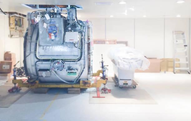 Installation des MRT-Scanners in der Radiologieeinheit . – Foto