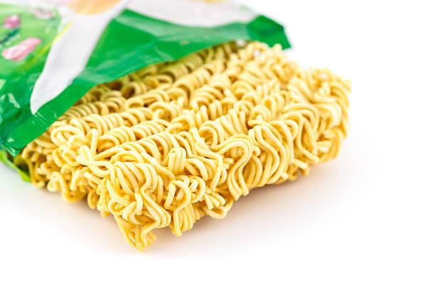 instant noodles - ramen noedels stockfoto's en -beelden