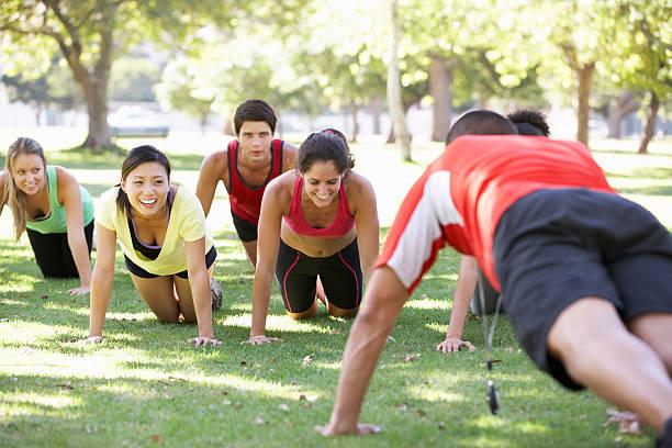 Boot Camp Fitness-Trainer laufen – Foto