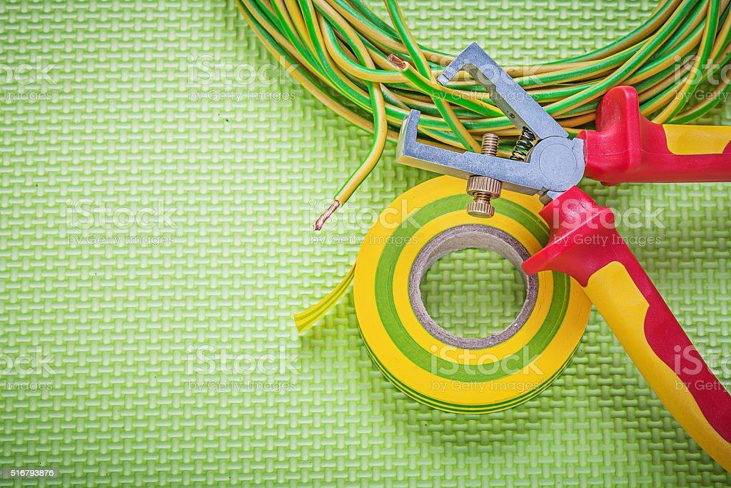 Isolierung Stripperinnen Band Elektro Kabel Strom Konzept Stock ...