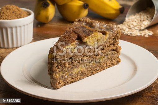 Integral Banana Pie in a dish on a wooden table