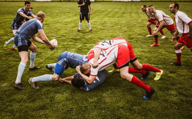 Intensives Rugby-Spiel im Stadion! – Foto