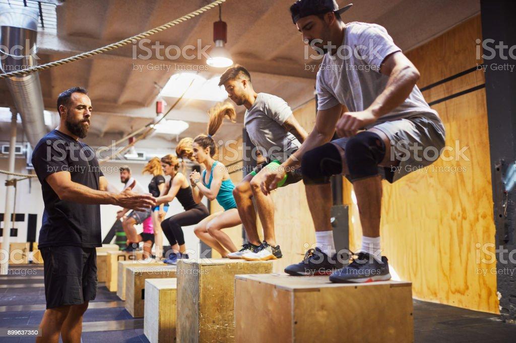 Intensives Training-Fitness-Studio in Barcelona-Konzepte für Fitness und Sport. – Foto