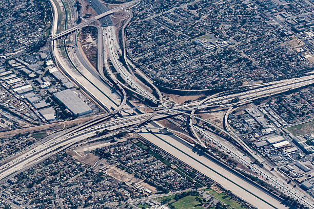 interchange - dally stock pictures, royalty-free photos & images