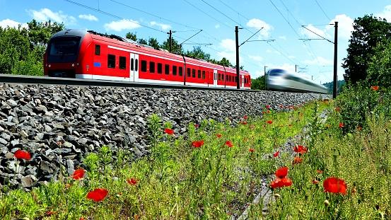 Intercity train overhauls DB-Regionalbahn