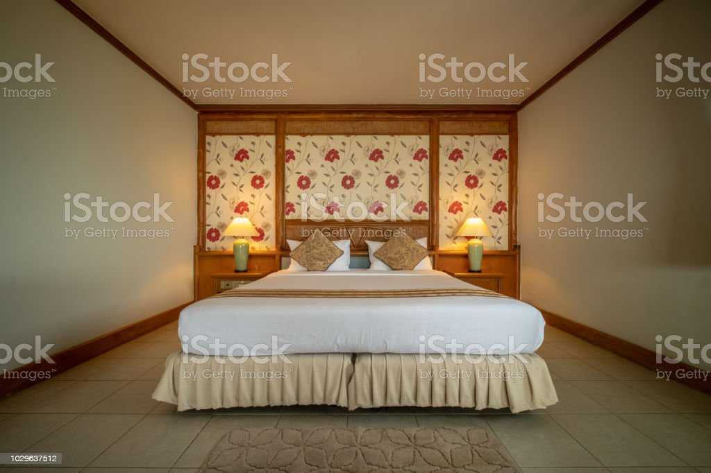 Photo libre de droit de Interia Perspective De Chambre Lit Kingsize ...