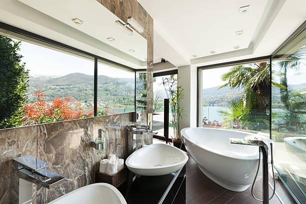interior de baño, cómodas - foto de stock