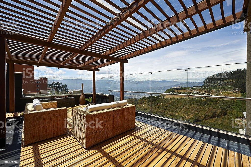 Diseño De Interiores Hermosa Sala De Estar En La Terraza Con