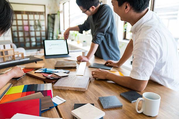 インテリアデザイナーの動作は、建築事務所 ストックフォト
