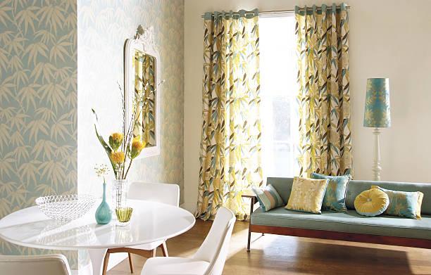 interior image of dining room - outdoor esszimmer stock-fotos und bilder