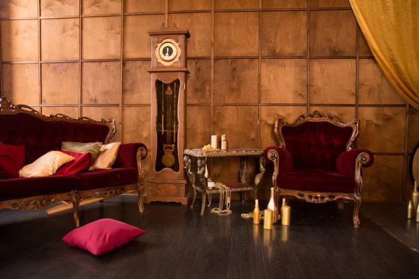 intérieur d'une belle salle ancienne - style victorien photos et images de collection