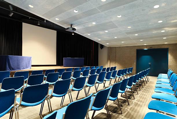 Innenraum eines Kongresszentrum, Konferenzzentrum – Foto