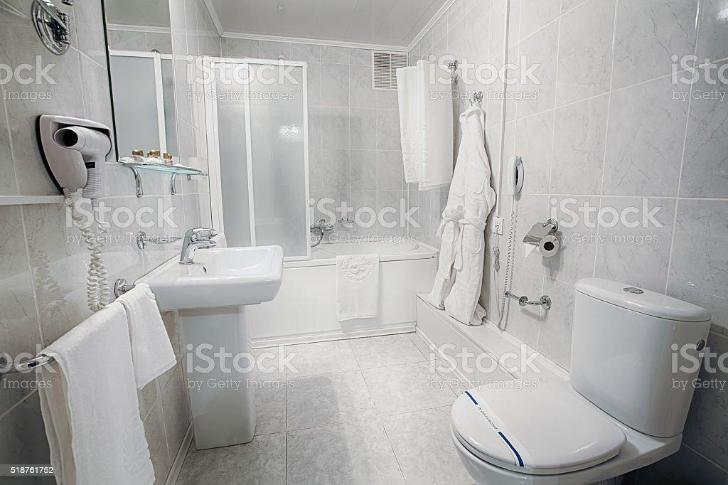 Innenansicht Von Einem Modernen Hotel Badezimmer Stock-Fotografie ...