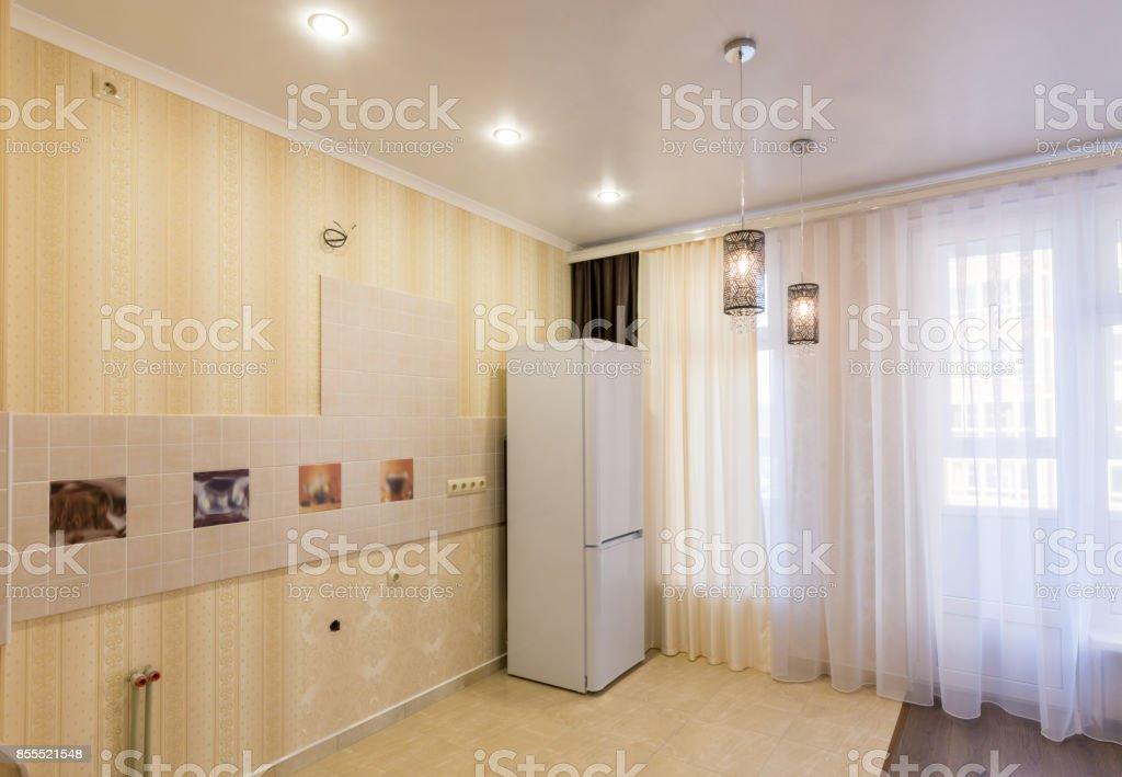 Interior De Una Cocina Vacía Sin Muebles Vistas Del Lugar ...