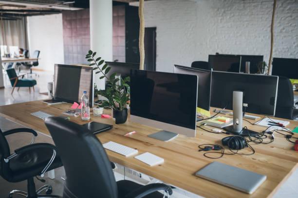 創意辦公室內部 - 小型辦公室 個照片及圖片檔