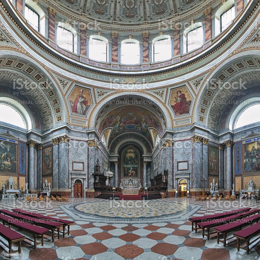 Intérieur de la Basilique d'Esztergom, Hongrie - Photo