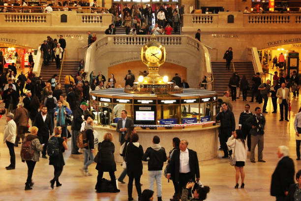 new york grand central station iç - sefer tarifesi stok fotoğraflar ve resimler