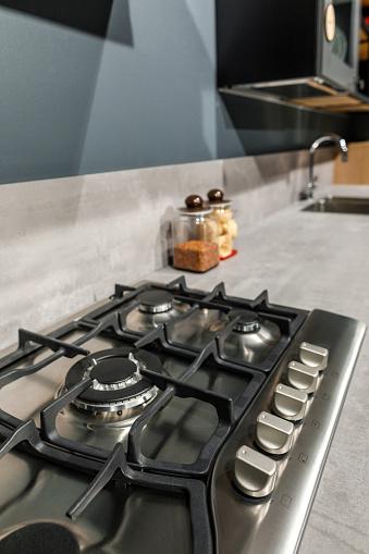 금속으로 현대 주방의 인테리어 카운터에 난로 0명에 대한 스톡 사진 및 기타 이미지
