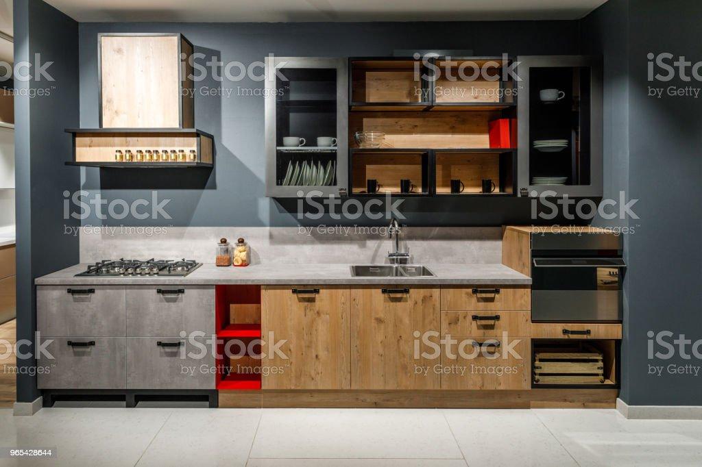 現代廚房內飾與時尚設計 - 免版稅住宅廚房圖庫照片