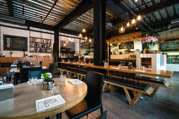 interior del moderno restaurante en shanghai - restaurante fotografías e imágenes de stock