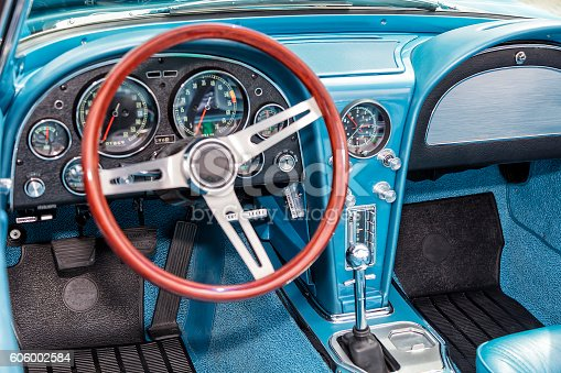 467735055istockphoto Interior of Old Car 606002584