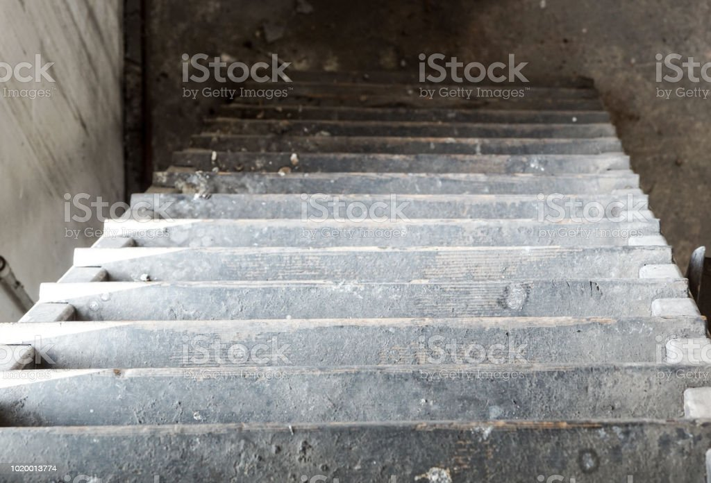 Interior of old factory buildings abandoned - foto stock
