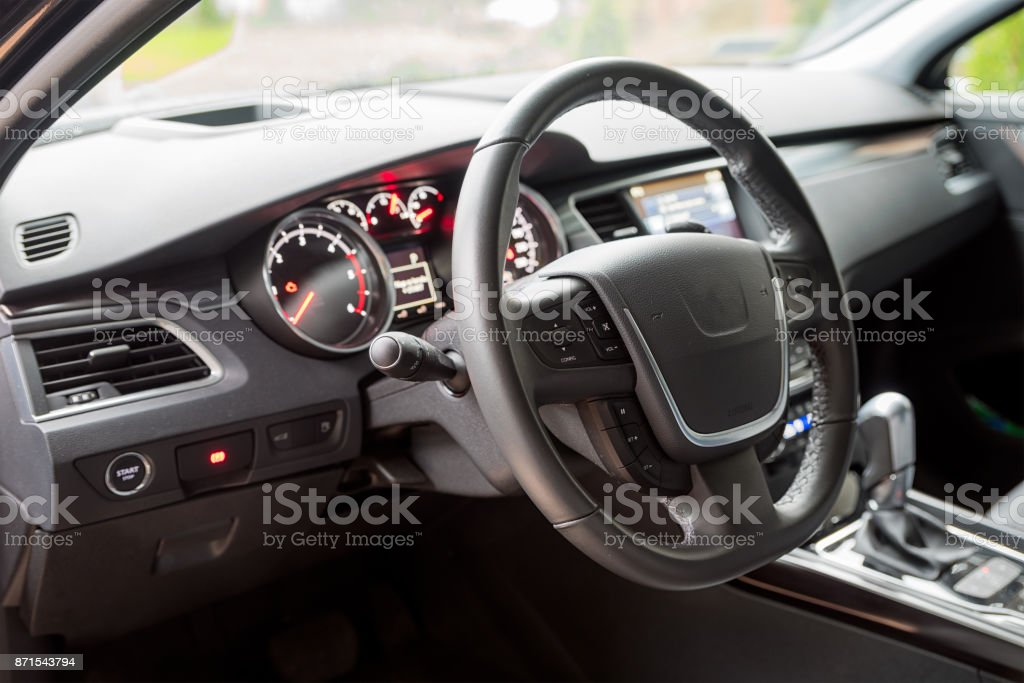 Interior of the car, steering wheel – zdjęcie