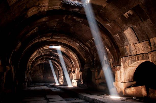 interior of the selim caravanserai, armenia - karavanserai stockfoto's en -beelden