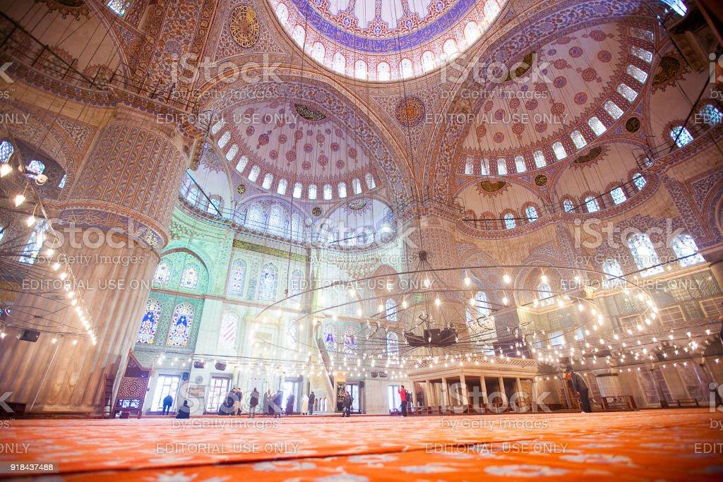 Innenraum der Sultanahmet Moschee (blaue Moschee) in Istanbul – Foto