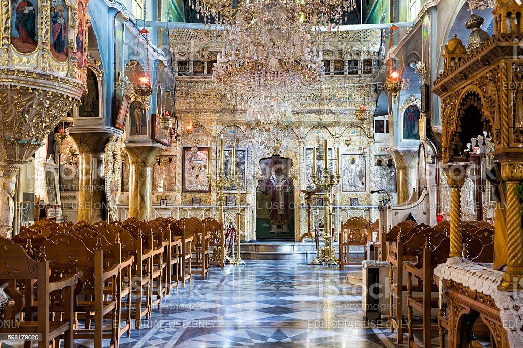 Interior view of Kimisis tis Theotokou church in Pyrgi foto royalty-free