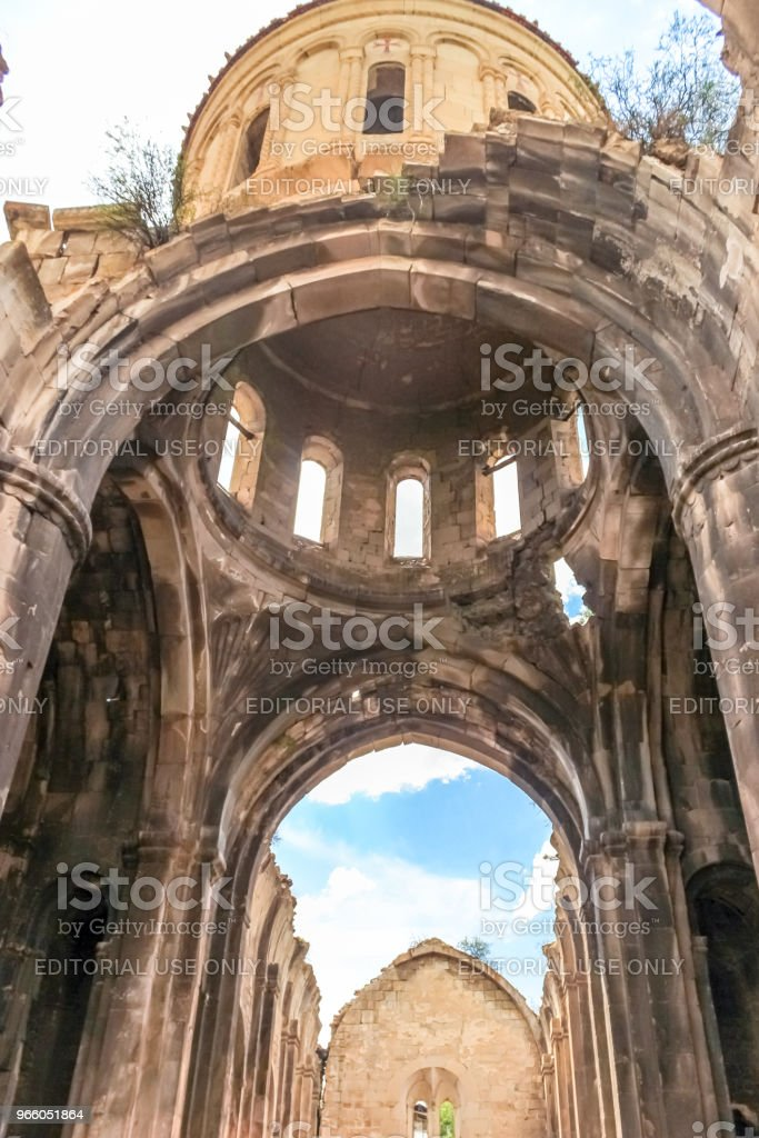 Inre syn på Oshki eller Oshk Vank kyrka - Royaltyfri Andlighet Bildbanksbilder