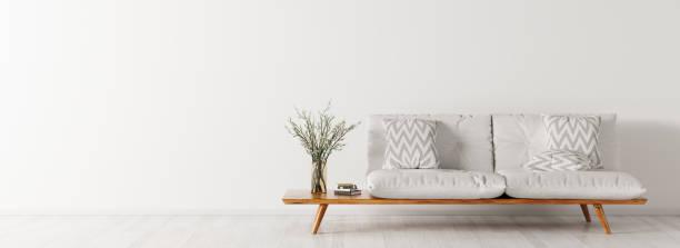 innenraum mit sofa panorama 3d-rendering - wohnzimmergarnitur stock-fotos und bilder