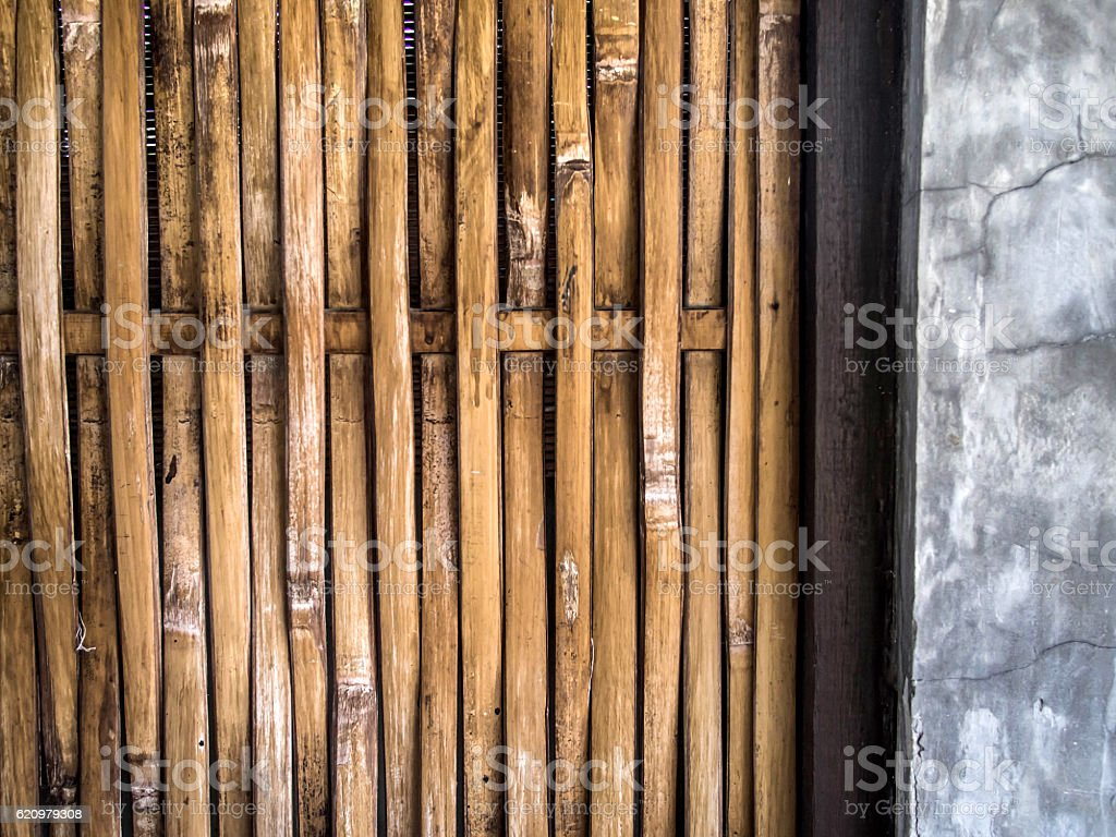 Interlaced bamboo craft texture with concrete foto royalty-free