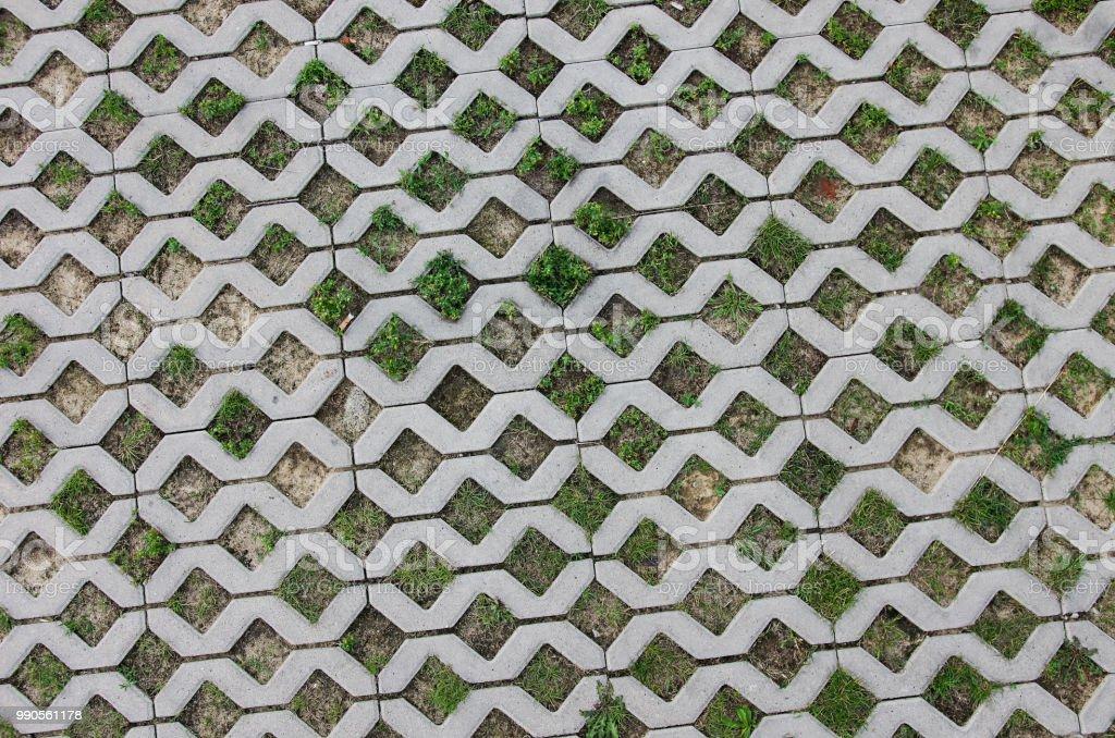 Stellwerk Betonfahrbahn (Rasen-Pflaster mit porösen Fliesen) – Foto