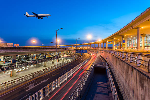 International Airport Terminal T3 Nacht in Peking – Foto