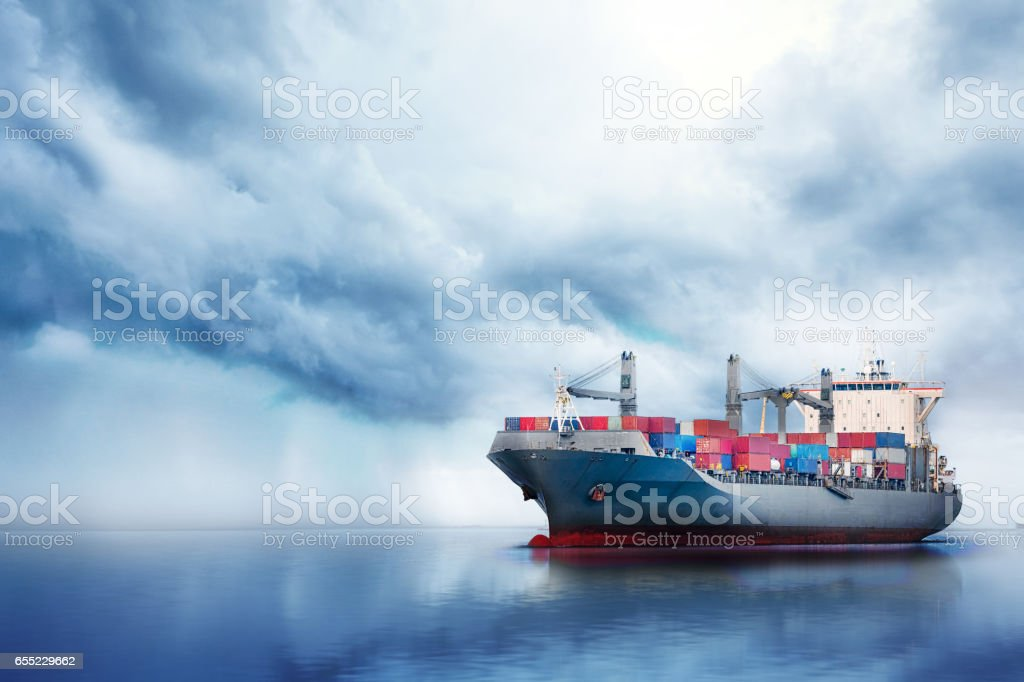 International Container Cargo ship in the ocean, Freight Transportation, Nautical Vessel - foto de stock