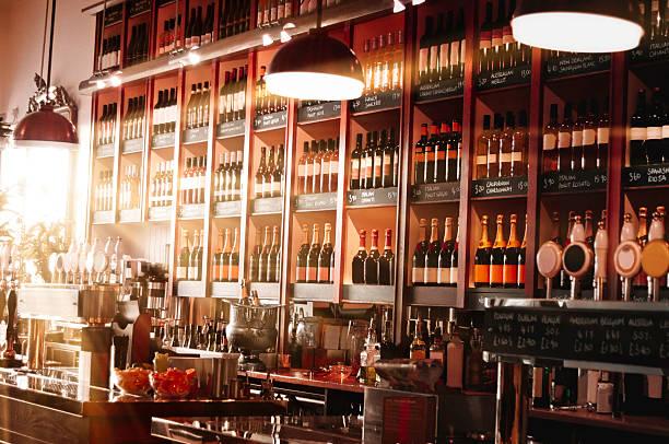 International wine bar picture id157531561?b=1&k=6&m=157531561&s=612x612&w=0&h=7y zaowd3fyrn4vz2duup 2rd1htto4lcvmuj7loedo=