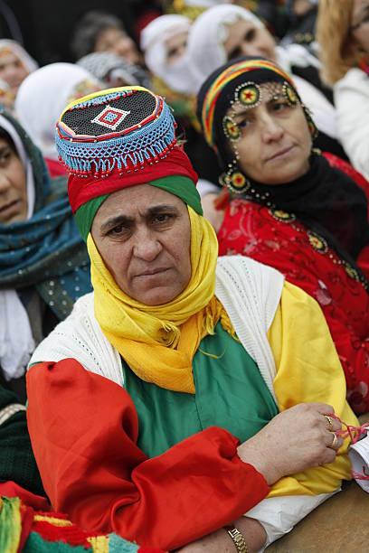 international women's day in istanbul, türkei - kurdische sprache stock-fotos und bilder