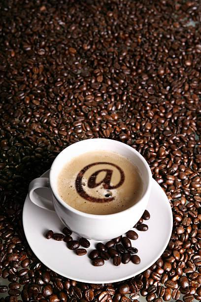 internet-cafe - www kaffee oder tee stock-fotos und bilder