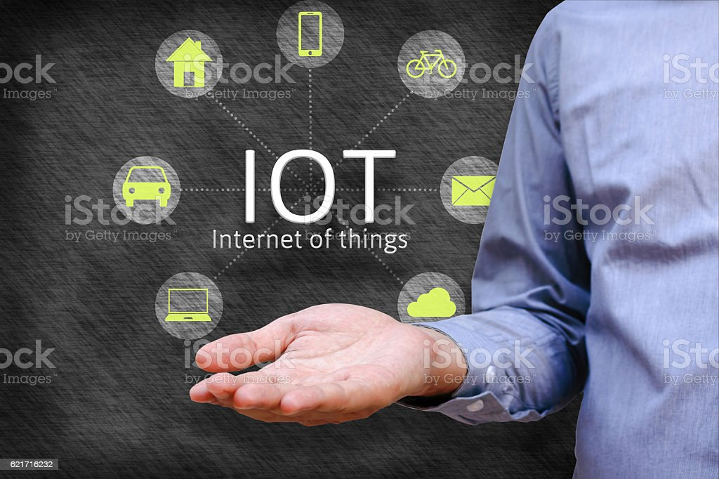 Internet of things (IoT) concept. Man show iot link network foto stock royalty-free