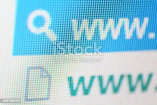 istock Internet search line 509789200
