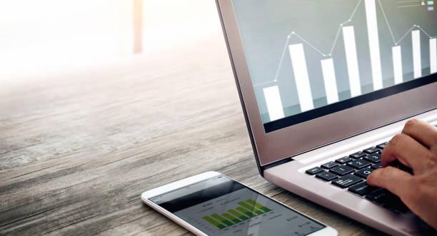 internet service technology - digital mobile consumption foto e immagini stock