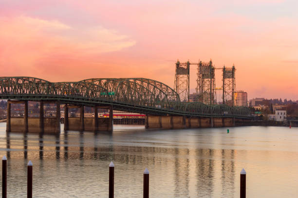 interstate 5 bridge over columbia river between oregon and washington state - washington stock photos and pictures