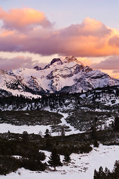 Into the wild Dolomites at sunset: Winter in the Alps. high seat stock pictures, royalty-free photos & images