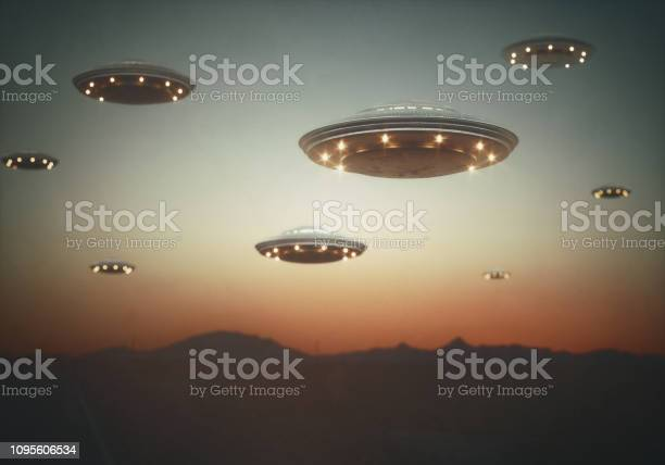 Invasion unidentified flying objects picture id1095606534?b=1&k=6&m=1095606534&s=612x612&h=6gqxbu2lmctolp b6rx1ftec8gzaqx9eukopexpjxcm=