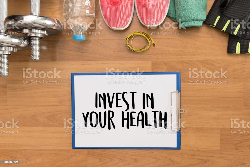 Invest in your health Healthy lifestyle concept with diet and fitness healthy food - foto stock