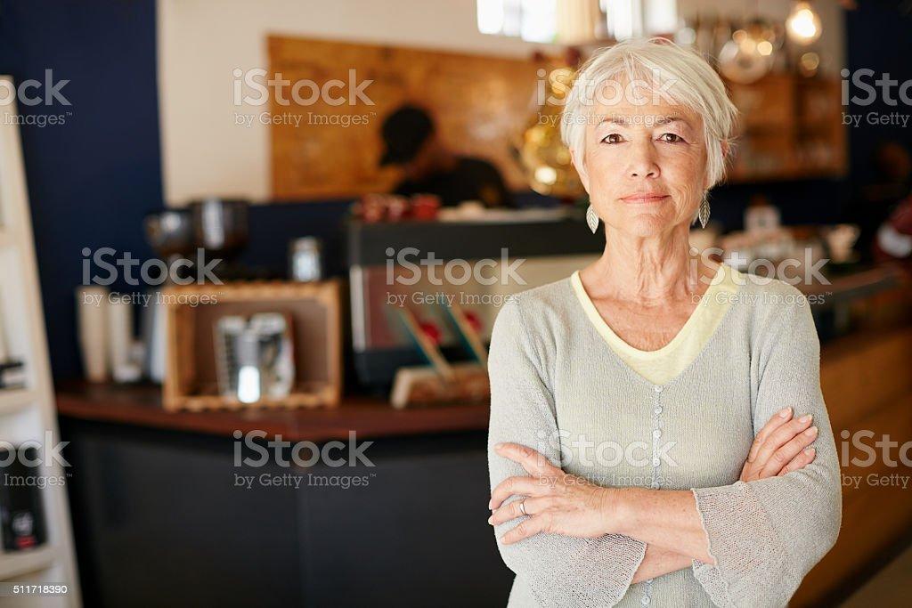 Ho investito in una piccola azienda dopo Pensionamento - foto stock