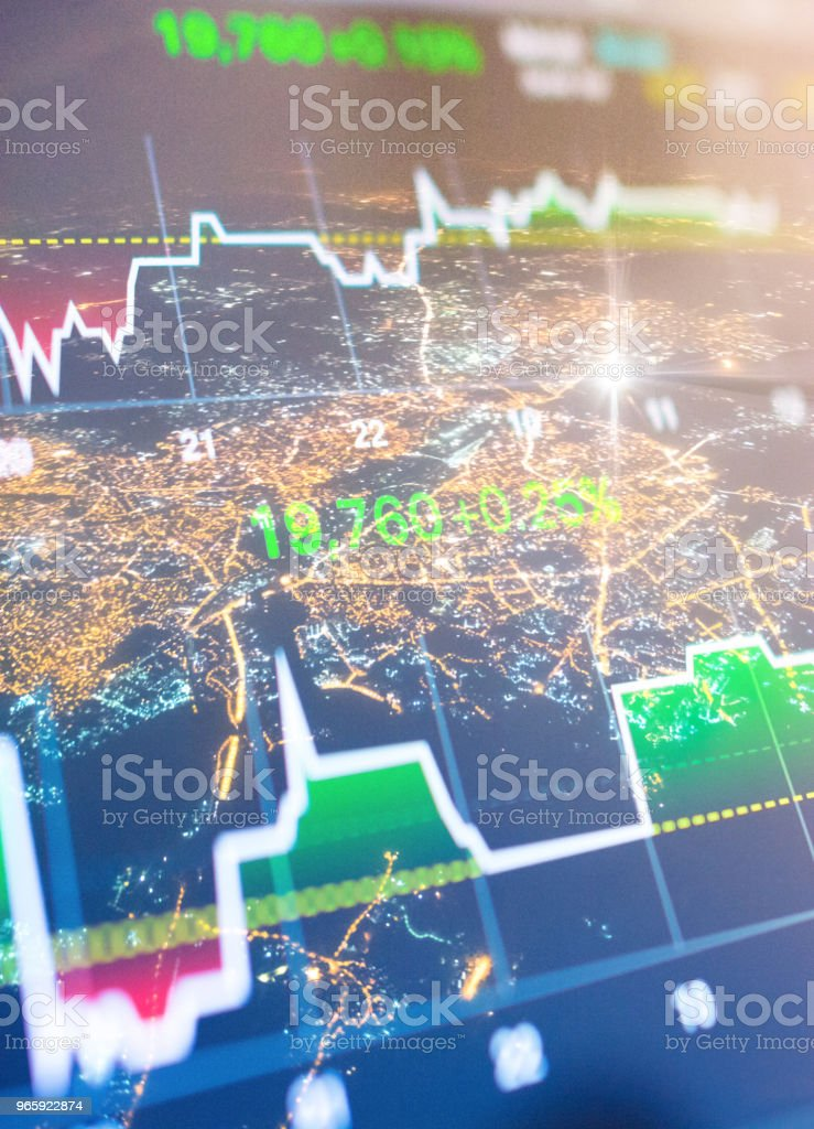 Investeringen en financiële thema met panoramisch uitzicht over de financiële hoofdstad Mumbai van India - Royalty-free Avondmarkt Stockfoto
