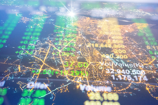 Investeringen En Financiële Thema Met Panoramisch Uitzicht Over De Financiële Hoofdstad Mumbai Van India Stockfoto en meer beelden van Achtergrond - Thema